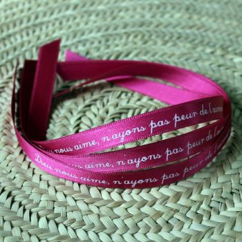 Bracelet ruban rose-fuschia