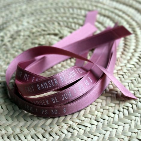 Bracelet ruban rose